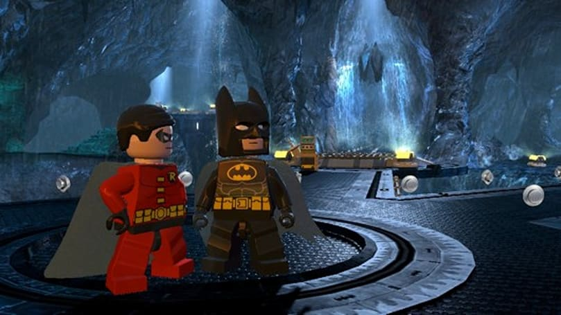 Lego Batman 2: DC Super Heroes flies five weeks over UK charts