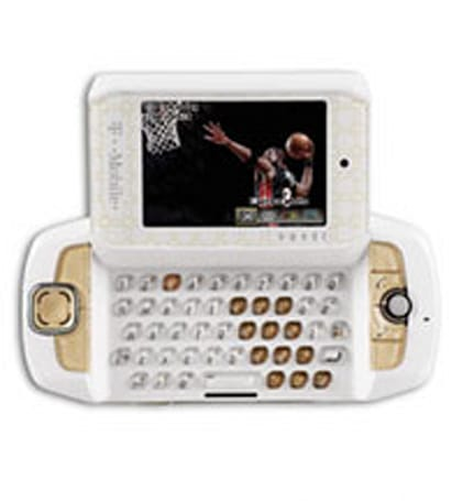 T-Mobile's D-Wade Sidekick 3 now available