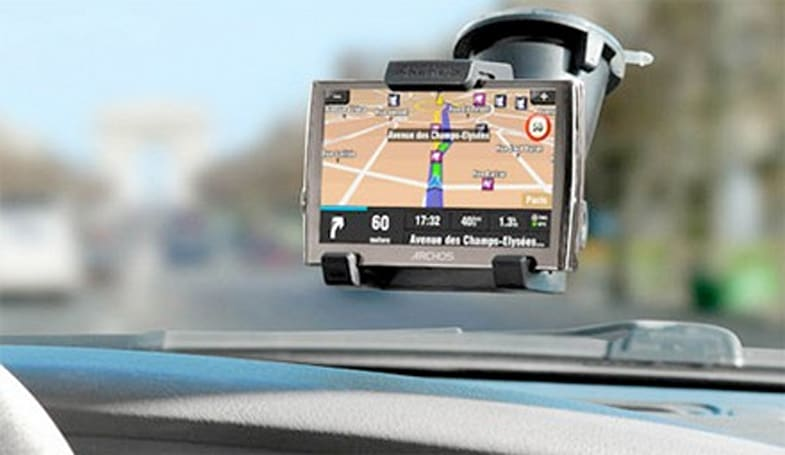 Archos 5 firmware adds GPS car holder support, new file browser