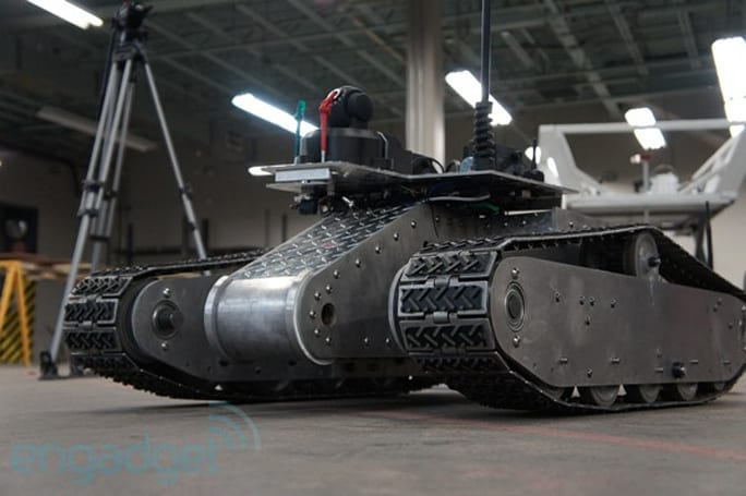 WiFi-Extending Robot is built like a tank -- we talk to the people behind the project (video)