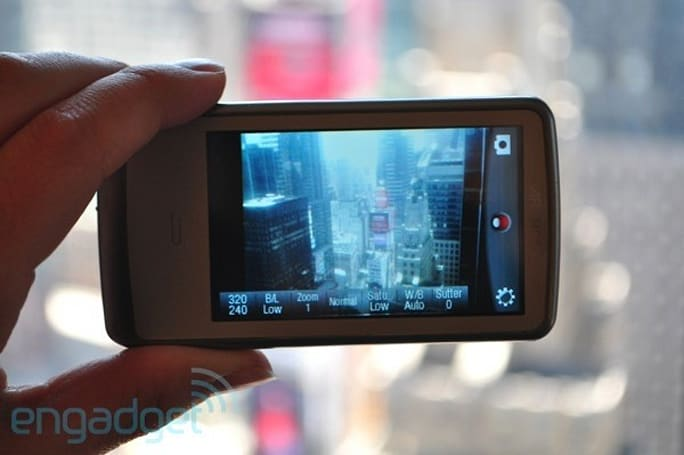 Archos Vision 3 with VGA cam arriving this summer