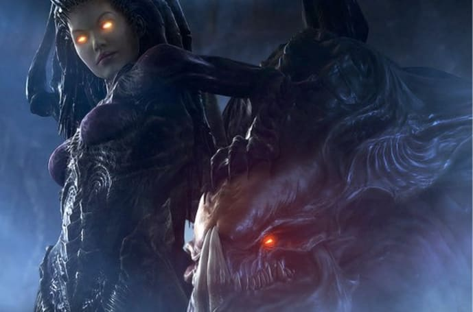 StarCraft 2: Heart of the Swarm lets you recover lost games, take command during replays