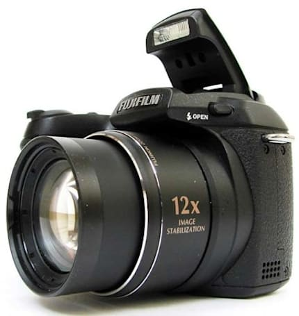 Fujifilm FinePix S1500 gets reviewed
