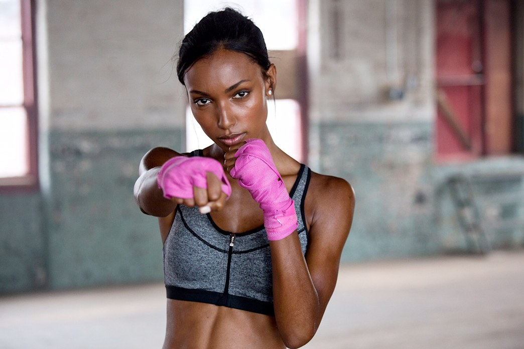 Exclusive videos: New Victoria's Secret Angel Jasmine Tookes shows off her exercise routines