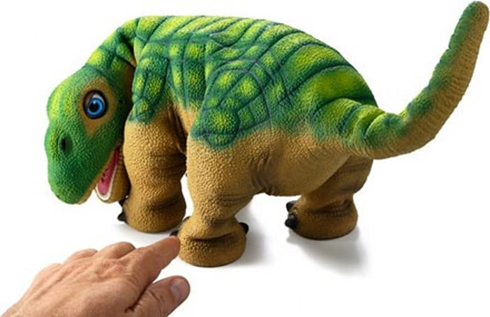Pleo finally learns to sit with Life OS 1.1