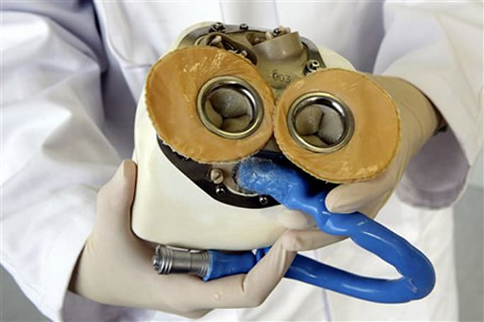 Prototype artificial heart unveiled, expected to cost $192k
