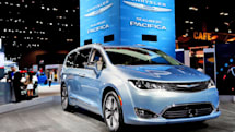 Google's self-driving tech goes into Chrysler minivans this year (update: official)