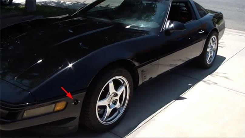1996 Corvette converted into a 2011 electric odyssey (video)