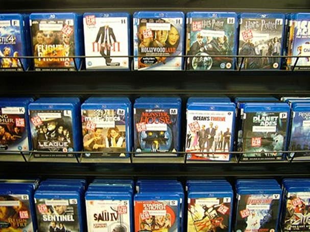 More studios move towards Blu-ray / DVD combo packs