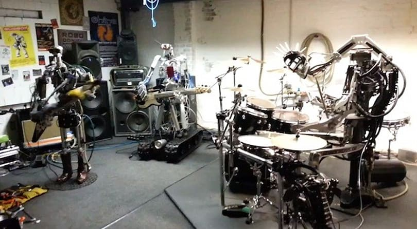 All-robot band plays Motorhead's 'Ace of Spades'
