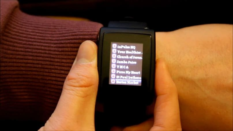inPulse Bluetooth smartwatch gets Facebook Places check-in app for Android (video)