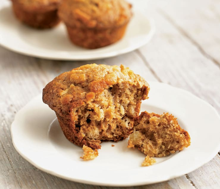 Cinnamon and Apple Cookie Crumble Muffins recipe