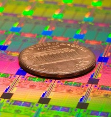 Intel goes ULV for laptops to combat the oncoming tablet horde