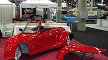 Eco-Fueler Roadster suffers identity crisis at 70 mpg