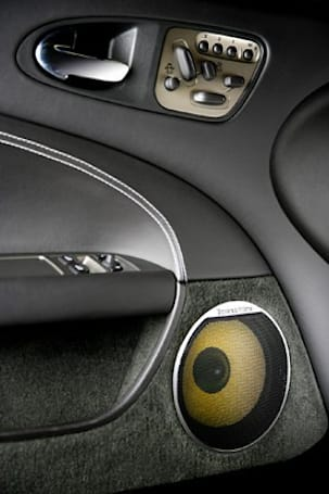2009 Jaguar XKR to come with Bowers & Wilkins sound system