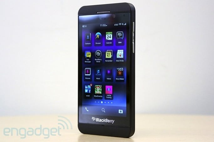 BlackBerry Z10 vs. the competition: fight!