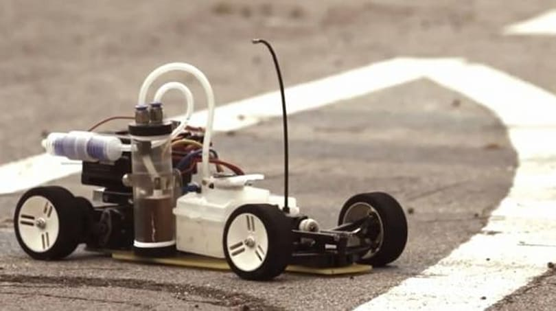 RC car runs on soda can rings, Doc Brown approves (video)