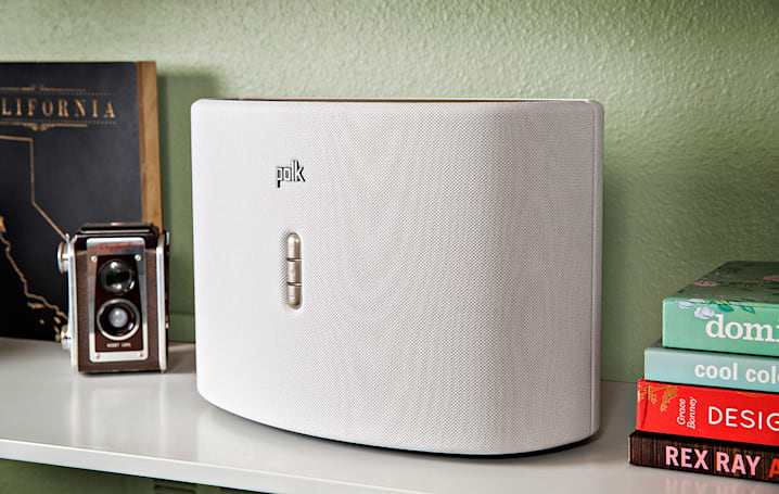Engadget giveaway: win an Omni S6 speaker from Polk Audio!