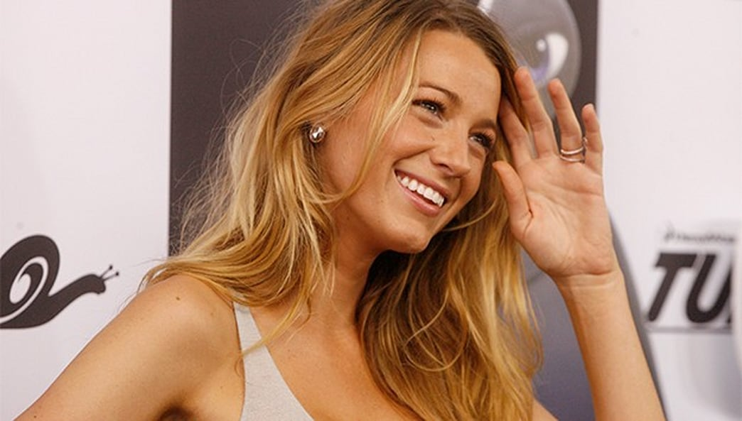 Shop this video: Getting glam voluminous hair like Blake Lively is effortless