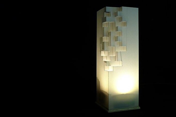 Luminch One: an Arduino lamp you control with the wave of a hand (video)
