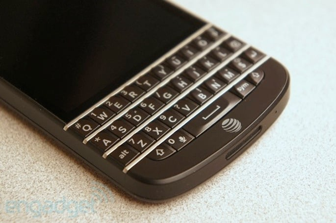 BlackBerry Q10 officially available at AT&T on June 21st