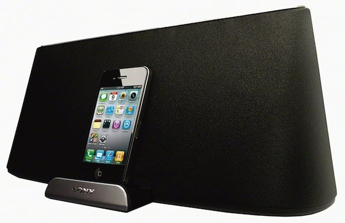 Sony unveils $300 RDP-X500iP speaker dock, gives your iPad some sonic assistance