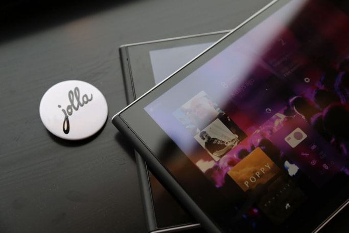 Jolla hopes to 'focus' its mobile plans by splitting in two
