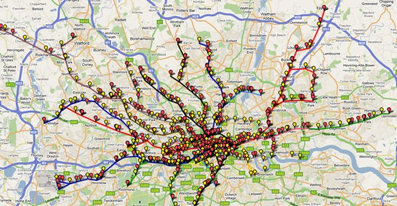 Live map of the London Underground tells you where the trains are, aren't