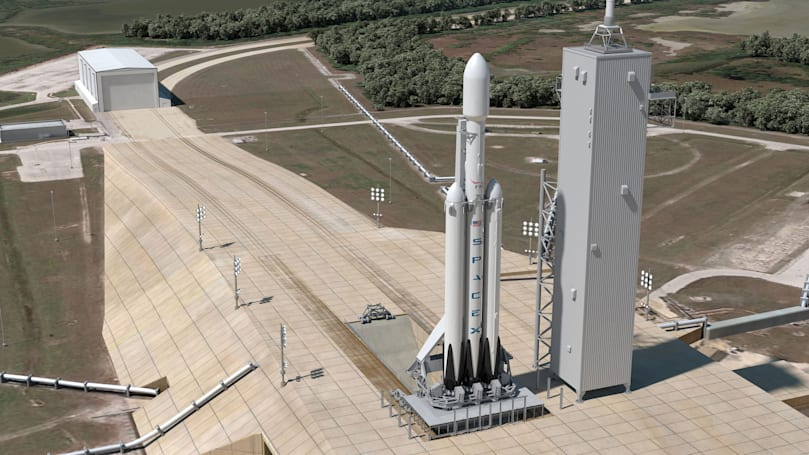 SpaceX Falcon Heavy set to launch in spring 2016