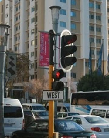 Thieves damage South African traffic lights, reach for the juicy SIM card innards