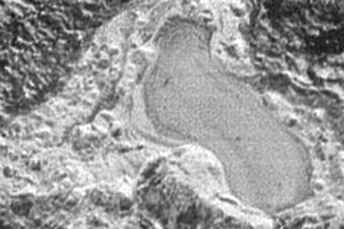 New Horizons spots signs of a former lake on Pluto