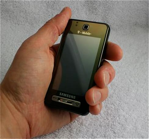 """Samsung Behold gets reviewed, deemed """"worth considering"""""""