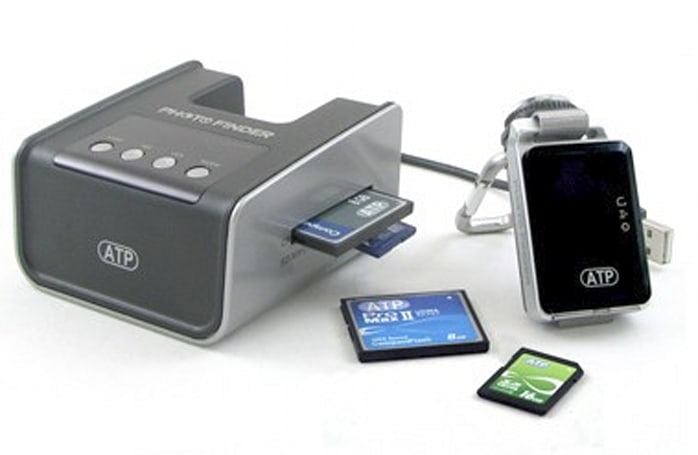 ATP PhotoFinder mini geotagger doesn't require software