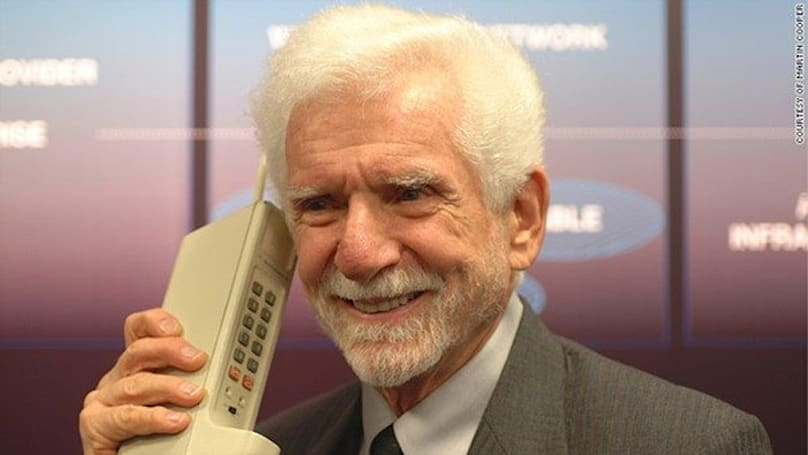 Cellphone inventor Marty Cooper says he knew everybody would have one someday