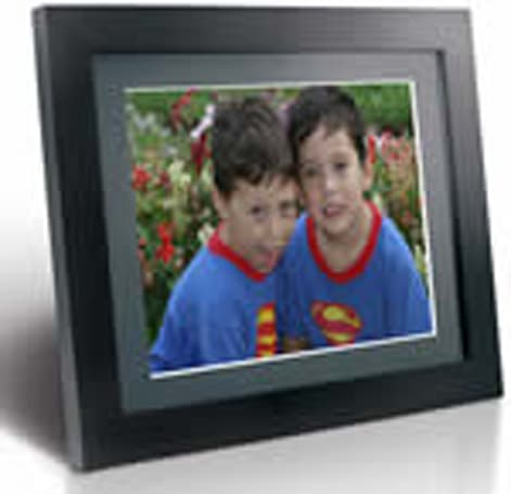 MediaStreet unveils 15-inches of eMotion Digital Picture Frame