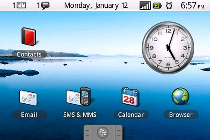 DroidBerry theme turns your Bold into a G1, still won't replace the Gmail app