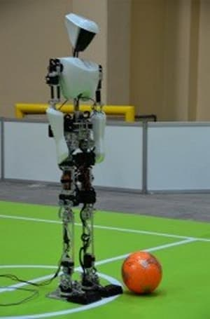DARwin-OP, CHARLI-2 humanoids make history at RoboCup 2011, 'U-S-A!' chants ensue (video)