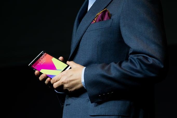 LG 的 G6 手機主打散熱與電池安全