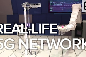 Samsung Uses a Robot Arm to Demonstrate 5G