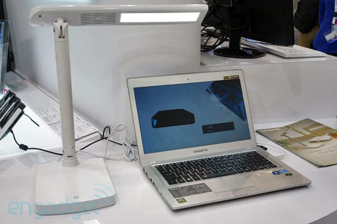 Gigabyte Smart Lamp doubles as an Ultrabook hub, is missing a few ports (hands-on)