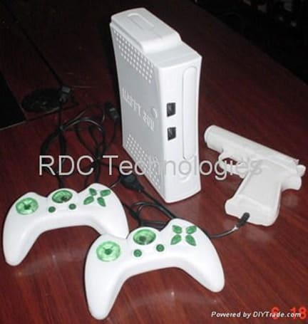 Keepin' it real fake, part CLXXIII: 8-bit Xbox 360 / PS3 consoles only serve to dash dreams