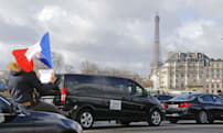 Uber shuts down its app in Paris to support driver protest