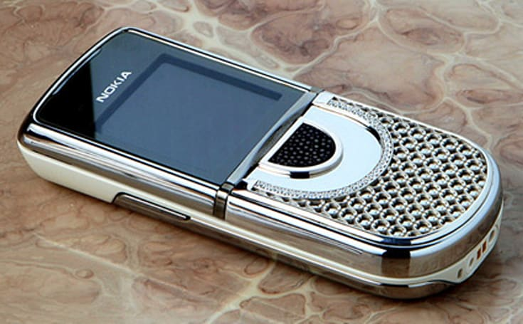Nokia 8800 Sirocco Edition + diamonds = Vertu price tag