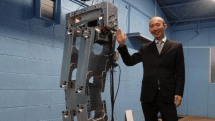 Hajime Research is assembling a robot taller than you, Mr. Stark couldn't be more proud (video)
