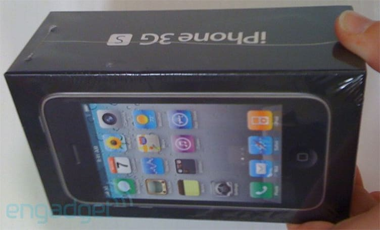 New iPhone 3GS 8GB features redesigned box with iOS 4