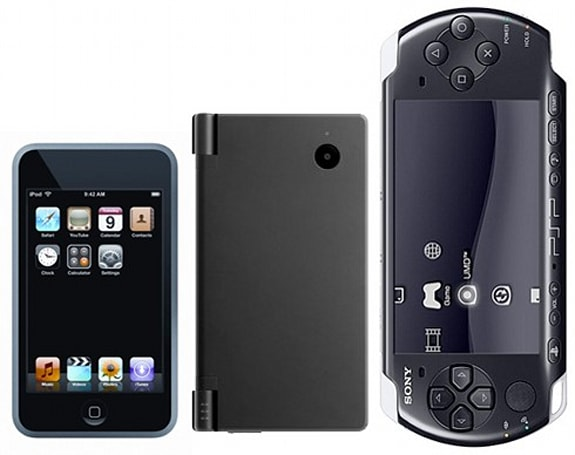 Nintendo DSi vs. PSP-3000 vs. iPod Touch, v1.0