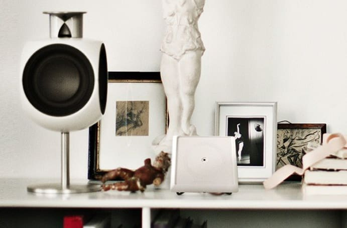Bang & Olufsen unveils Playmaker wireless audio bridge, makes sure AirPlay and DLNA speak Danish