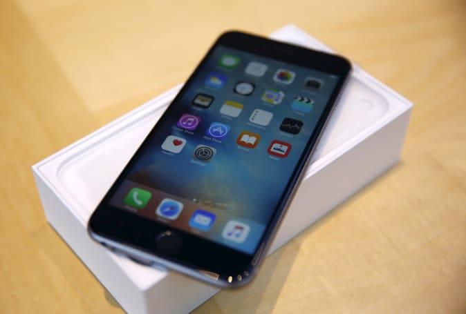 大批 iPhone 6 螢幕出現灰條、觸控功能失控