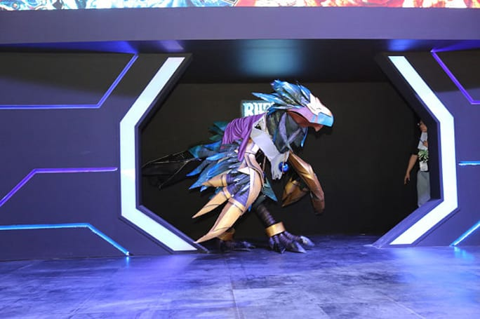 Anzu cosplay takes first prize at China Joy