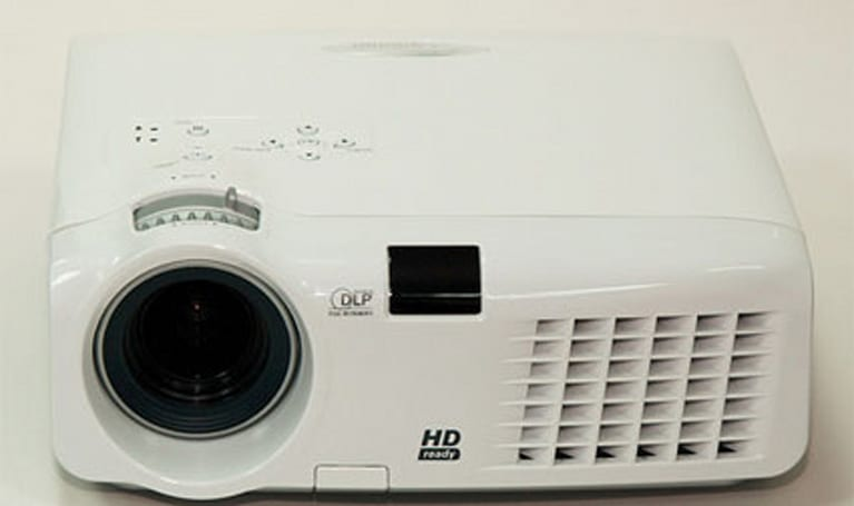 Optoma intros $1000 720p projector, the HD70